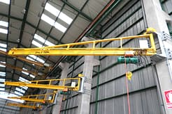 Wall_mounted_jib_crane_
